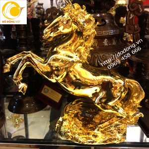 Ngựa mang lại may mắn trong kinh doanh,buôn bán,công danh sự nghiệp